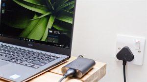 Những lưu ý khi sử dụng và bảo quản laptop trong thời gian không dùng tới